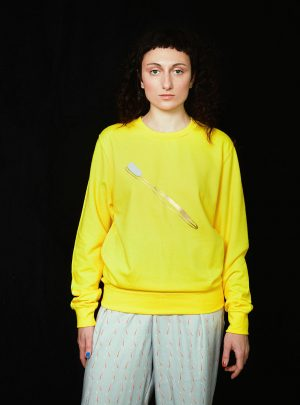 TOOTHBRUSH SWEATER UNISEX YELLOW